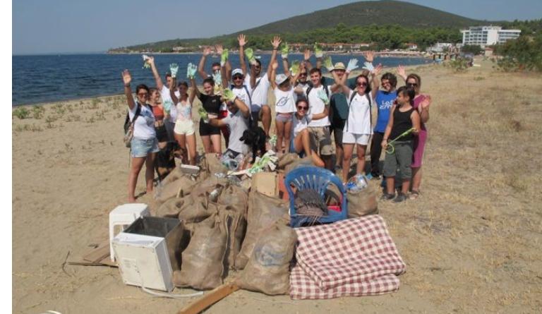 Beach cleaning iSEA